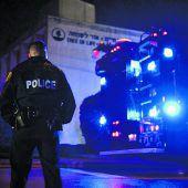 Angriff auf Synagoge in Pittsburgh erschüttert die USA. A2