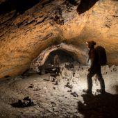 Neuer Durchstieg zur Hirlatzhöhle