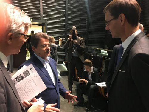 Handelsdelegierter Rudolf Lukavsky und LH Markus Wallner im Gespräch mit Aleksey Artyomov, Leiter des Departements für Industriepolitik (Mitte). VN/sca