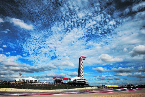 In Austin geht es für Ferrari um Schadensbegrenzung, Weltmeister Lewis Hamilton im Mercedes greift nach dem fünften Titel. ap