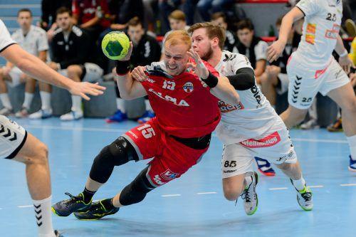 Mit einem Sieg bei den Fivers wollen Nejc Zmavc (Bild) und die Harder Handballer vorzeitig ihr Ticket für die Bonusrunde lösen. VN/STiplovsek