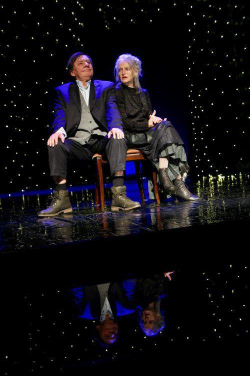 """Zuletzt auf der """"Unpop""""-Bühne: """"Die Stühle"""" von Ionesco. stark"""