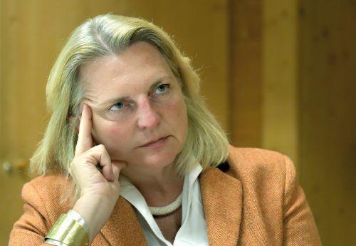 Karin Kneissl: EU soll Waffenlieferungen nach Saudi Arabien stoppen. apa