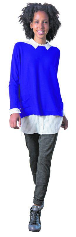 Lässiger Herbstlook             Katharina (24) in einem modischen Outfit von Hefel mode+bett in Schwarzach: Pullover, 119 €, Bluse, 59,95 €, Hose, 139 €, Schuhe, 239,90 €.               VN/hartinger