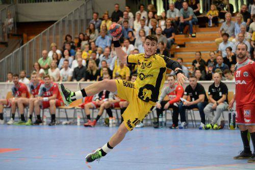 Marko Coric und die Bregenzer Handballer blieben als einzige Mannschaft im ersten Drittel des Grunddurchgangs auswärts ohne Niederlage.Verein/RMI