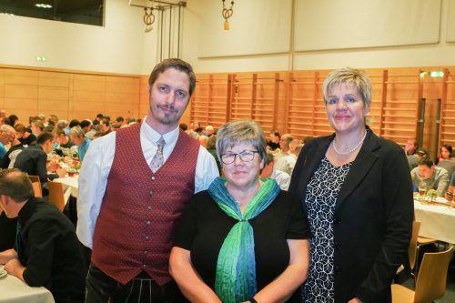 Martin Bertsch, Ilse Mock und Michaela Gort organisierten den Ehrenamtsabend im Adalbert-Welte-Saal.Gemeinde