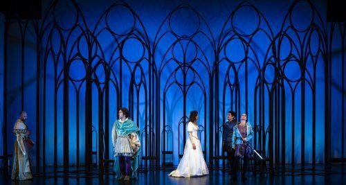 """Mit Bellinis Oper """"I Capuleti e i Montecchi"""" wählte das Musiktheater Vorarlberg ein 1830 uraufgeführtes Werk des Belcanto von Vinzenco Bellini für die jährliche Bühnenproduktion. mtvo"""