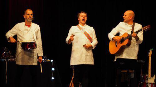 Musikkabarett-Trio verstand seine Zuhörerschaft in der Kummenberggemeinde Götzis zu begeistern. CEG