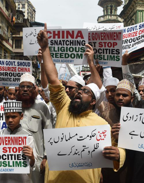 Muslime in Indien protestieren gegen die Vorgangsweise im Nachbarland. AFP