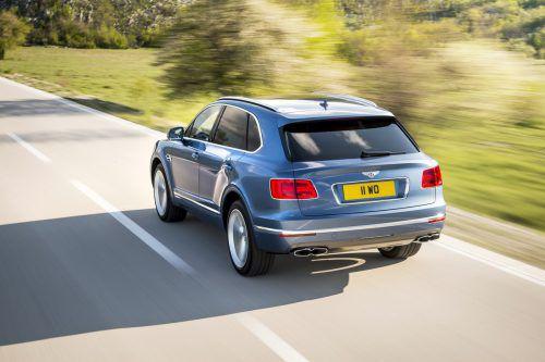 """Nach Porsche verzichtet mit Bentley eine weitere Volkswagen-Tochter in Europa auf den Dieselmotor. Der britische Ableger des VW-Konzerns werde sich auf Benziner und Hybridantriebe beschränken, zitiert das """"Handelsblatt"""" einen Unternehmenssprecher. In Märkten wie Russland und Australien bleibt der Diesel aber erhalten."""