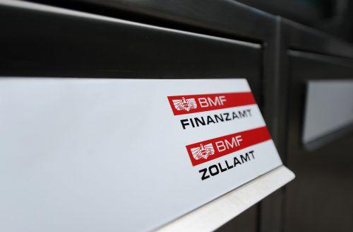 Nur noch ein Briefkasten? Standort-Zentralisierung hat für Vorarlbergs Wirtschaft eine Reihe von Nachteilen. APA