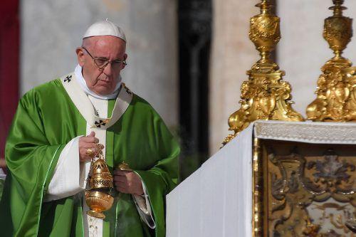 Papst Franziskus hat am Mittwoch die Bischofssynode zu Jugendfragen eröffnet. AFP