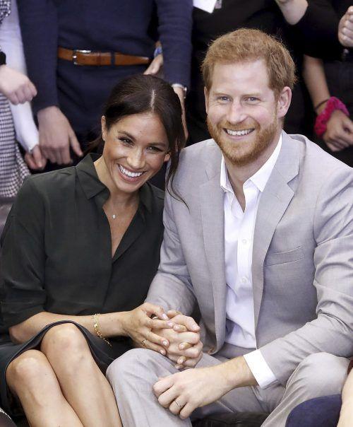 Prinz Harry und seine Ehefrau Meghan ließen die Nachricht über ihren bevorstehenden Nachwuchs erst einmal unkommentiert. AP