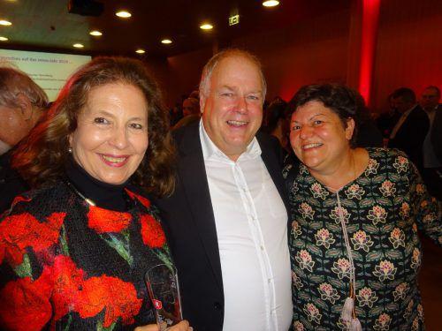 Rosemarie Rützler, Gemeinderat Christoph und Margit Kurzemann.