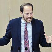 Neos wollen weiter über das  Staatsziel Wirtschaft verhandeln