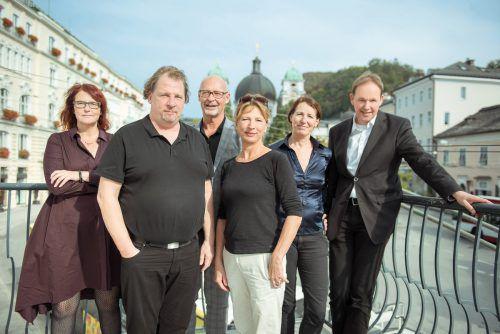 Stephanie Gräve (l.) mit Intendanten aus den Bundesländern. Löffelberger