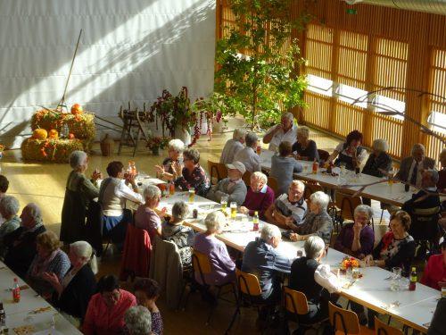 Traditionelles Erntedankfest in der Höchster Rheinauhalle. sb höchst