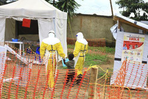 Über 200 Menschen haben sich im Kongo in elf Wochen mit dem Ebola-Virus infiziert. AP