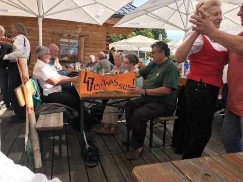 Über 250 47er-Jahrgänger machten gemeinsam einen Ausflug und trafen sich bei Kaiserwetter auf dem Muttersberg.