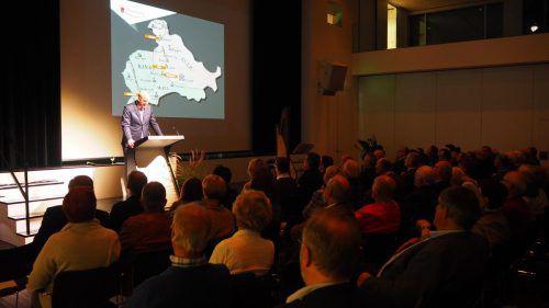 Ulrich Nachbaur berichtete über die Geschichte der Marktwerdung Rankweils. egle