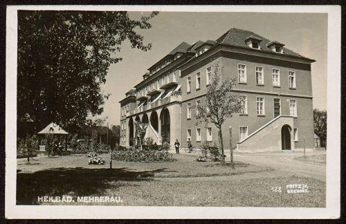 Während des Zweiten Weltkriegs war im Sanatorium Mehrerau ein Lazarett untergebracht, das nach Kriegsende von Dr. Rudolf Böckle als Unfallabteilung mit 20 Betten weitergeführt wurde.