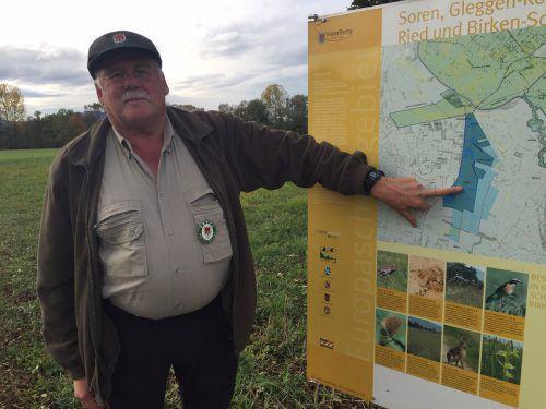 Arnold Fritz (64) ertappte den Verdächtigen mit versteckter Kamera im Natura-2000-Schutzgebiet in Dornbirn.