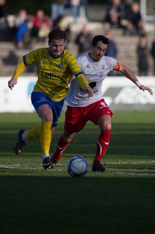 Auch für den Kapitän des FC Dornbirn, Aaron Kircher (rechts), ist der Gewinn der Winterkrone etwas ganz Besonderes.VN-Steurer