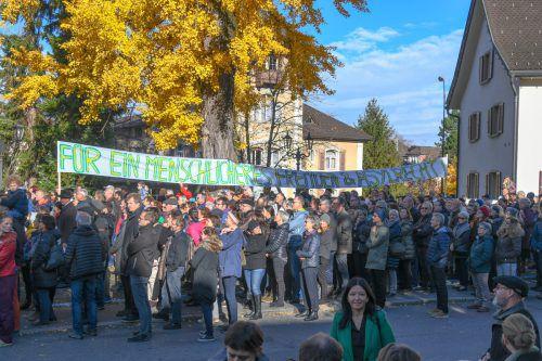 Bei der Demonstration am vergangenen Sonntag protestierten Hunderte gegen Österreichs Abschiebepolitik. VN/Lerch