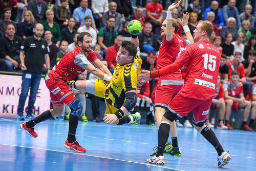 Vorarlbergs Handballfans dürfen sich im 93. Derby zwischen dem Alpla HC Hard und Bregenz Handball wieder auf packende Zweikämpfe freuen. Anpfiff in der Sporthalle am See ist um 19 Uhr. GEPA