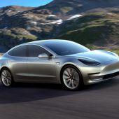 Autonews der WocheTesla Model 3 führt Verkaufsranking an / Offener Luxus-Traum von BMW / Porsche holt Rundenrekord zurück