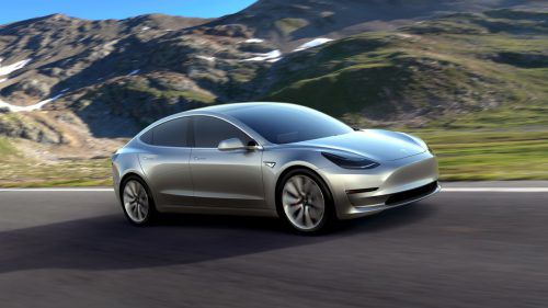 Das Tesla Model 3 hat den Elektroautothron erobert. Mit 60.000 weltweiten Neuzulassungen in den ersten acht Monaten verdrängt die Mittelklasselimousine den Nissan Leaf und die E-Reihe des chinesischen Herstellers BAIC auf die Plätze. Insgesamt wurden 2018 bisher weltweit 1,08 Millionen E-Autos und Plug-in-Hybride verkauft.