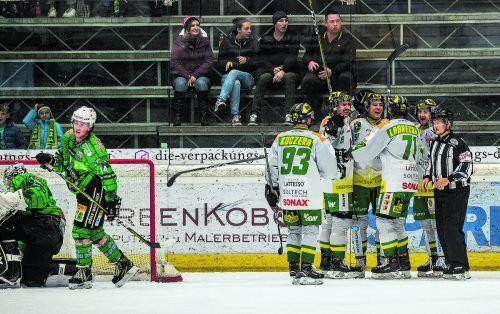 Der EHC Lustenau bestimmte im Derby gegen den EC Bregenzerwald die Gangart, jubelte über einen 6:3-Erfolg. stiplovsek