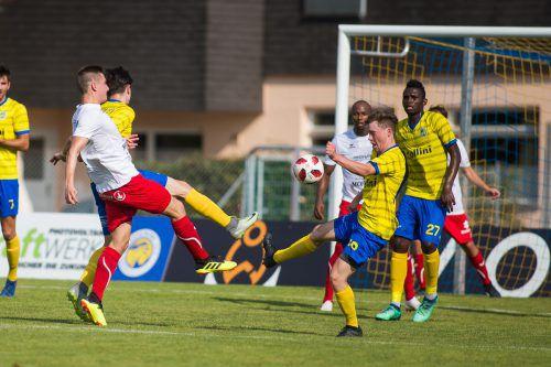 Der FC Dornbirn und der VfB Hohenems treffen zum Jahresabschluss noch einmal aufeinander.VN-SAMS