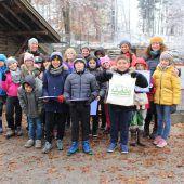 Schülern im Wildpark Wissen vermitteln