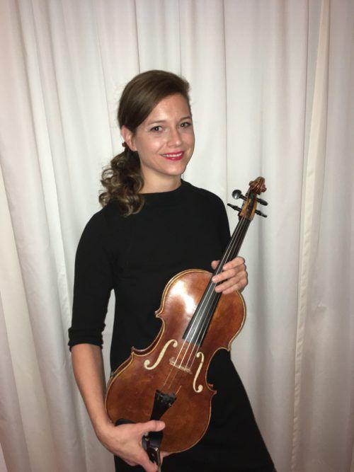 Die Bludenzer Bratschistin Karoline Kurzemann-Pilz zählt zu den Musikern des Symphonieorchesters Vorarlberg. B. Kurzemann