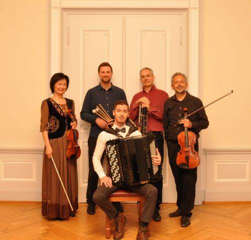 Die fünf hochkarätigen Musiker des Ensembles Ria freuen sich auf den Konzertabend am Sonntag.ria