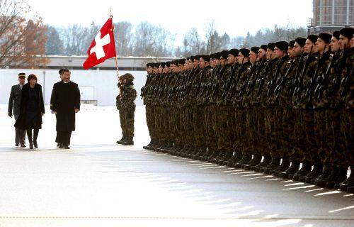 Die Schweizer Armee wurde wegen zu hoher Spesen kritisiert. reuters