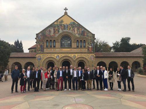 Die Teilnehmer der VN-Innovation-Tour in Stanford, Besuch der d.school und bei Prof. Dr. Roland Vogl GRHR