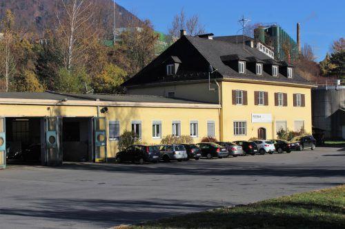 Das Immobiliengeschäft der zum ÖBB-Konzern zählenden Postbus AG sorgt auch in der Landespolitik für Diskussionen. JS