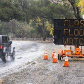 Auf Jahrhundertfeuer folgen Überflutungen