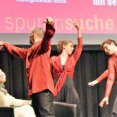Auschwitz-Überlebende tanzt Lebensgeschichte