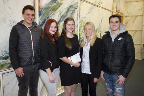 Feierten ihren Erfolg: Daniel Widerin , Salome Knill, Noreen Bereuter, Christina Gridling und Maximilian Böhi (v. l.). Franc