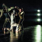 Grandioser Auftritt mit jungen Tänzern