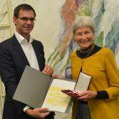 Anti-AKW-Aktivistin Hildegard Breiner zum Zwentendorf-Jahrestag geehrt. A6