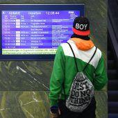 Streik lässt Züge stillstehen. D2