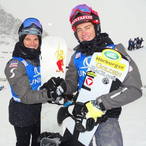 Gute Stimmung bei den Snowboardcrossern Julian Lüftner und Alessandro Hämmerle (r.).ÖSV/Wieser