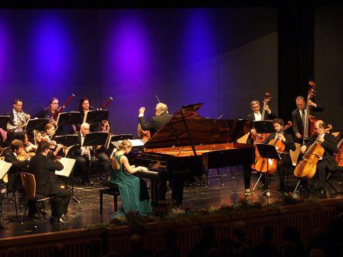 Hanna Bachmann machte das A-Dur-Klavierkonzert von Mozart als Solistin zum bejubelten Zentrum. Jurmann