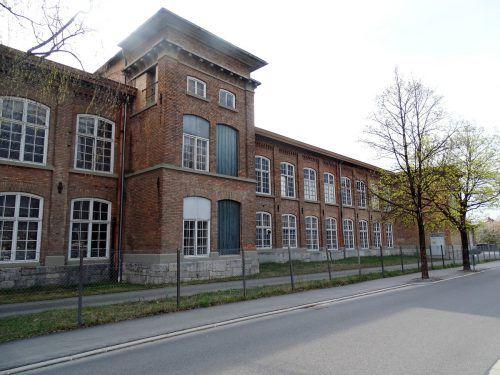 In der ehemaligen Fabrik Klarenbrunn sind Umbauarbeiten im Innenraum geplant.
