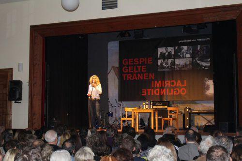 In Göfis gab es zwei Abende lang Tanz, Theater und Musik zugunsten eines Projekts für Straßenkinder. Heilmann