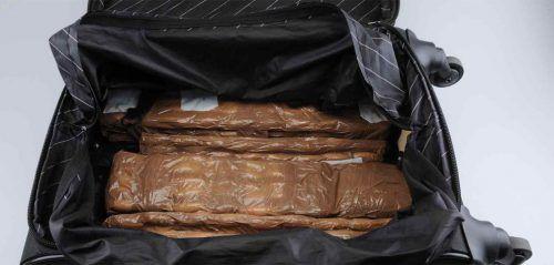 Insgesamt neun Kilogramm Kokain im Wert von 800.000 Euro konnten von der Kantonspolizei St. Gallen sichergestellt werden. kapo